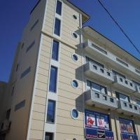 3-όροφη πολυκατοικία 3-όροφη πολυκατοικία με  ισόγειο  κατάστημα Περιοχή :  Αχαρναί Επίχρισμα :  Παραδοσιακός  Σοβάς Κατάσταση :  Μετά  το  βάψιμο Ημερομηνία παράδοσης : 11/2009 Χρόνος  Παράδοσης : 25  εργάσιμες